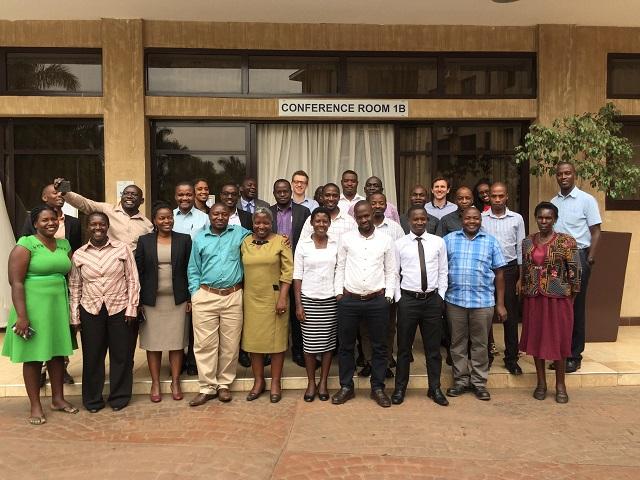 Photo de groupe, projet COMBO, Ouganda, Fabien Quétier, Biotope.