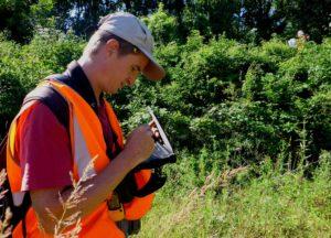 Campagne de terrain pour la faune et la botanique, pour le RER E, Noisy, par Julien Tranchard, Biotope.